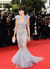 Penelope Cruz in Marchesa ball dress What They Wore to Cannes  Now You Can(nes)