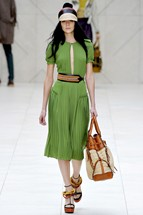 Burberry3 London Fashion Week   Day 4: Burberry and Todd Lynn Dresses